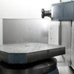 4osé horizontální obráběcí centrum HELLER řady H s otočným stolem a výměníkem palet