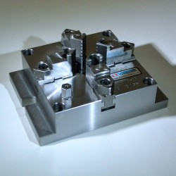4-čelisťové sklíčidlo pro frézování VMJ-12
